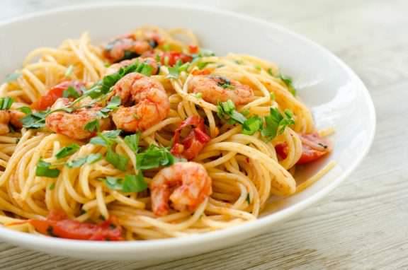 pasta-kochkurs-muenchen-garnelen-spaghetti